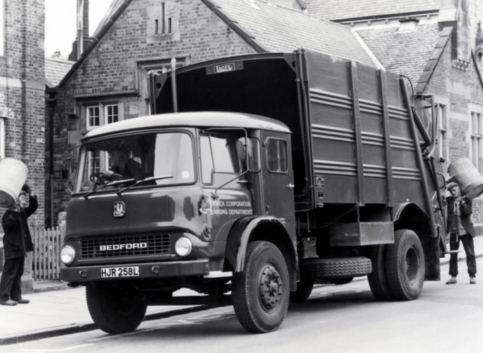 1972 Bedford T-K Lacre Packmaster Refuse Truck garbage classic semi tractor wallpaper
