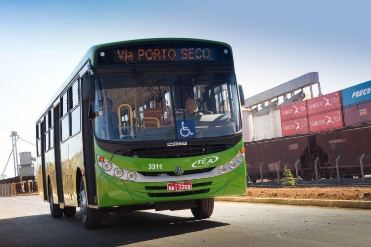 2008-13 Caio Apache VIP bus transport semi tractor wallpaper