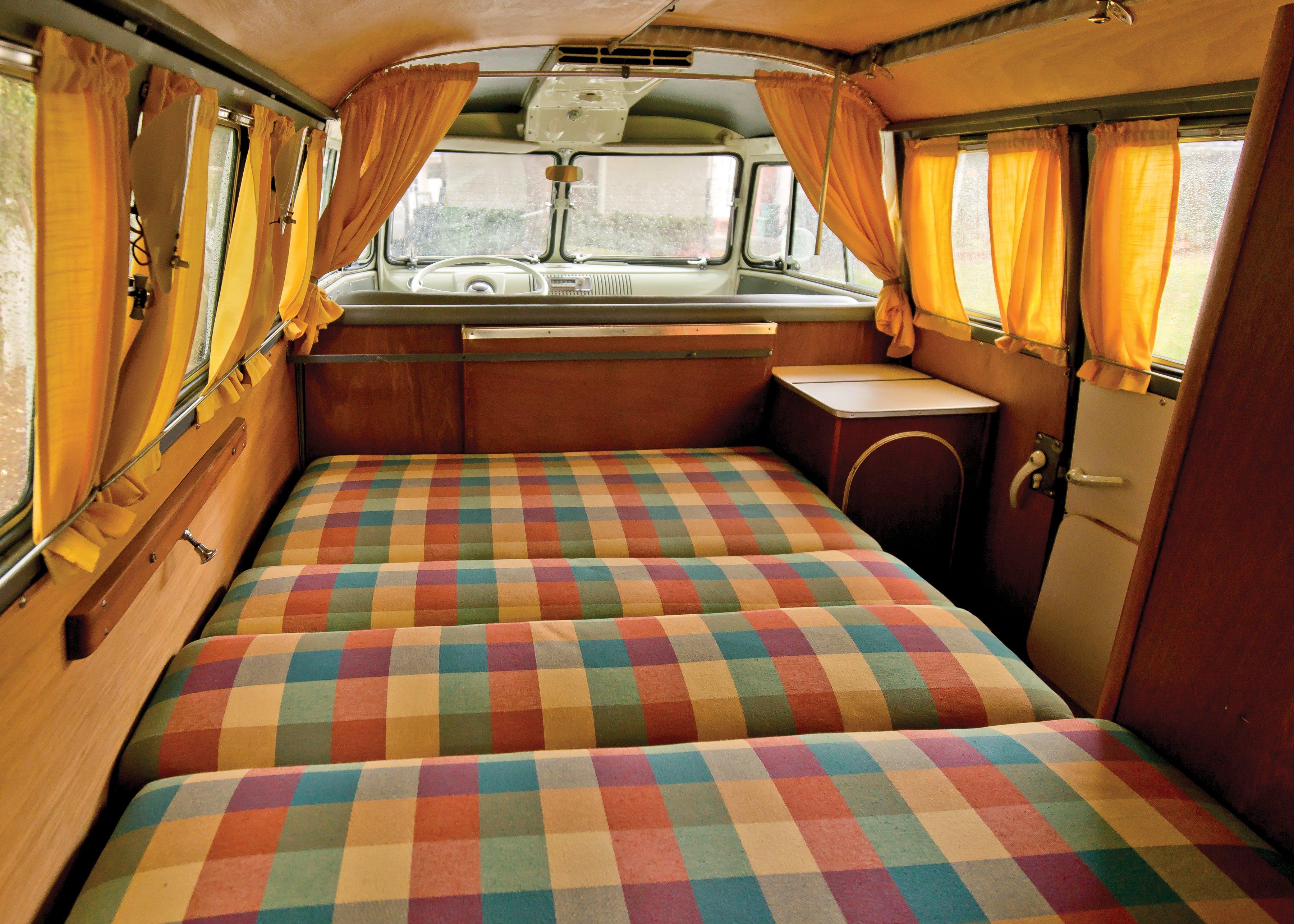 1962 volkswagen typ 2 westfalia camper t 1 van classic for Interieur combi vw