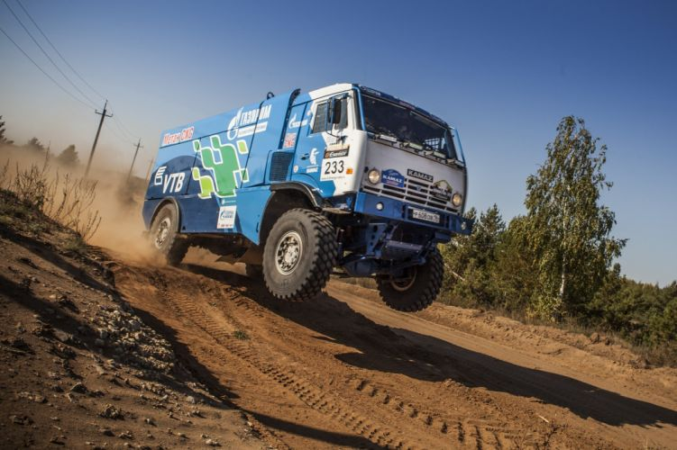 2014 Kamaz 4326-9 V-K CNG rally offroad dakar race racing semi tractor wallpaper