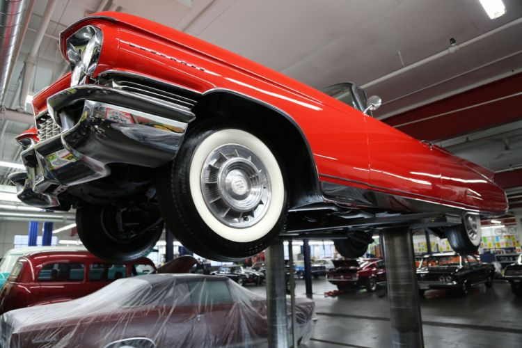 1960 CADILLAC ELDORADO BIARRITZ CONVERTIBLE luxury classic wallpaper
