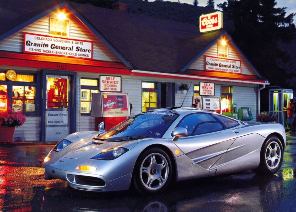 1994-98 McLaren F-1 supercar wallpaper