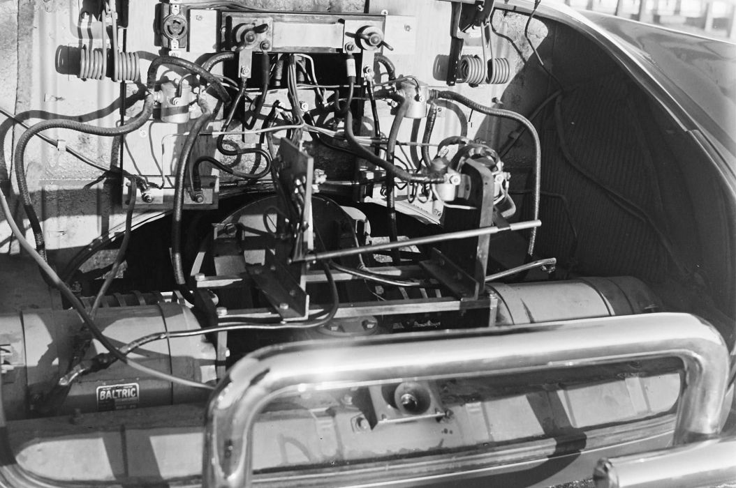 Electric 1958 Karmann Ghia Volkswagon retro concept wallpaper