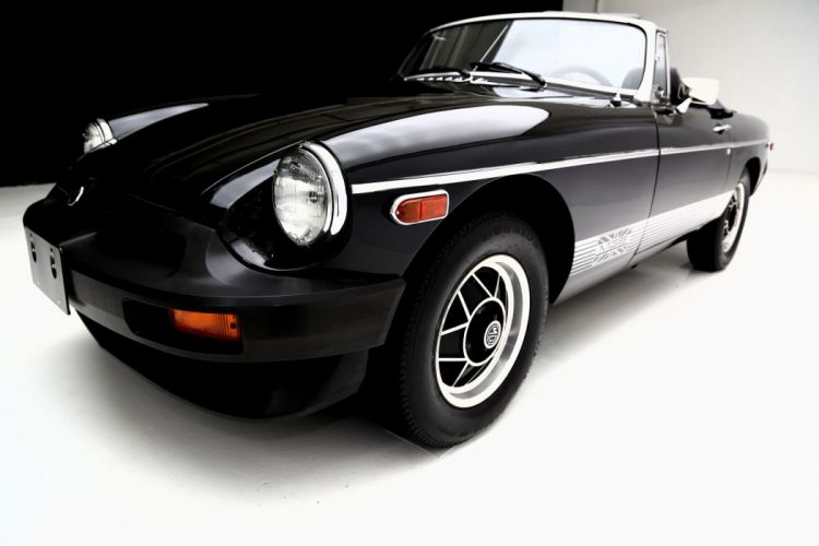 1980 M-G MGB CONVERTIBLE wallpaper