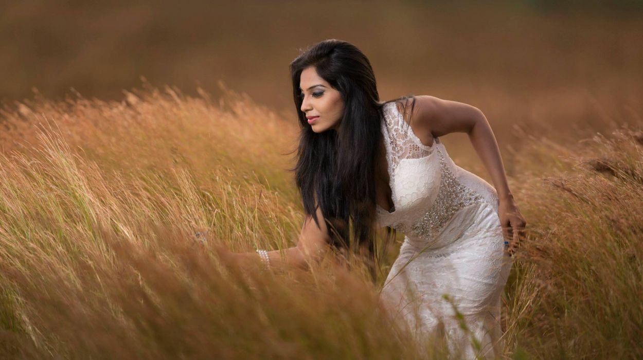 bollywood actress model girl beautiful brunette pretty cute beauty sexy hot pose face eyes hair lips smile figure wallpaper
