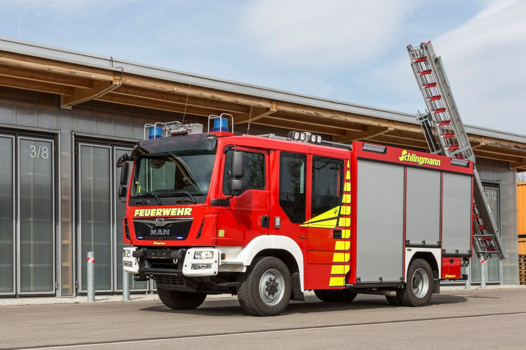 2015 MAN TGM 13-290 4x4 B-L Schlingmann HLF 2-0 firetruck emergency semi tractor wallpaper