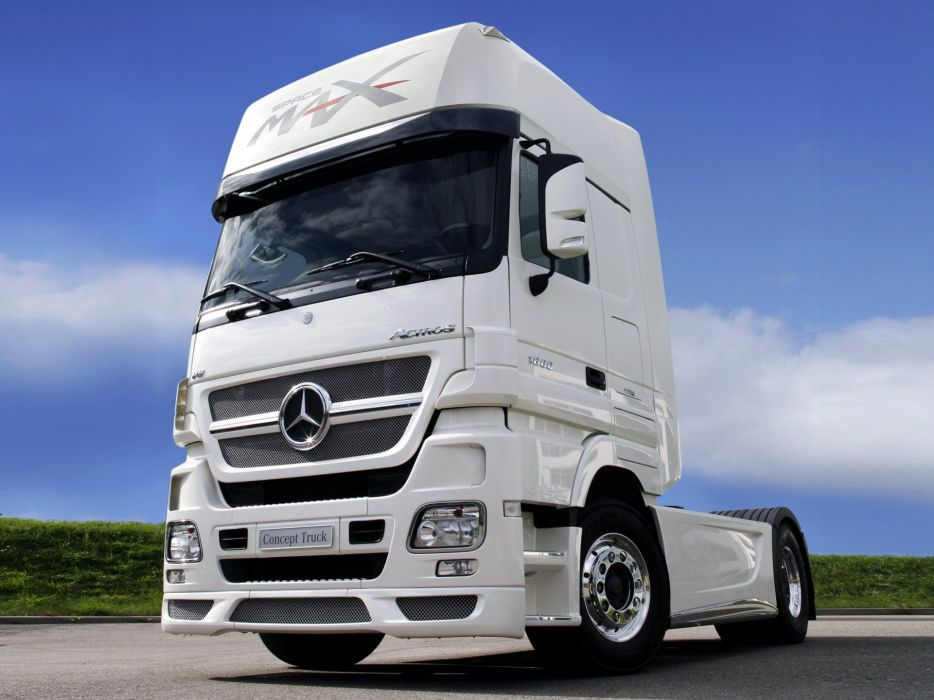 2006 Mercedes Benz Actros 1860 L-S Study Space Max Concept MP2 semi tractor wallpaper