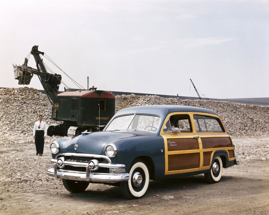 1951 Ford Country Squire stationwagon woody retro wallpaper