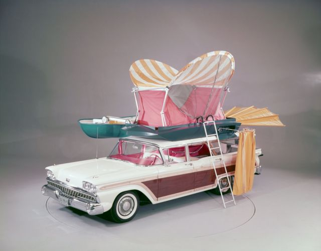 1959 Ford Country Squire stationwagon retro wallpaper