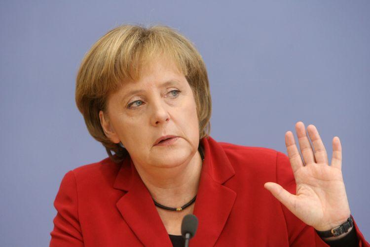 angela merkel politica alemana wallpaper