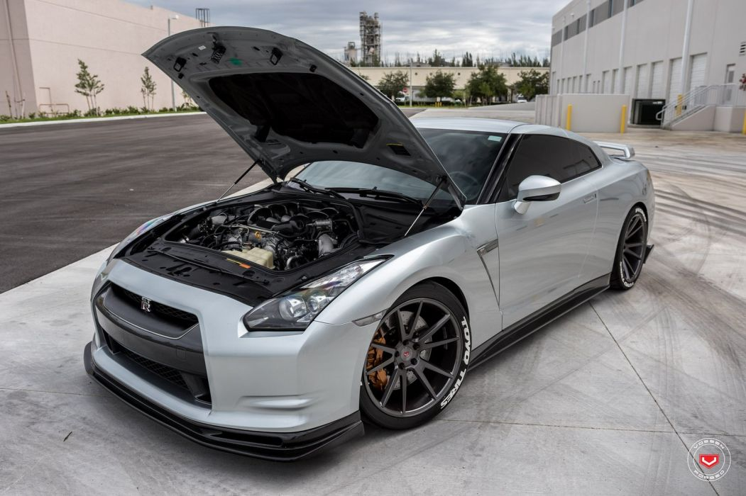 Nissan R35 GT-R Vossen wheels cars coupe godzilla silver wallpaper