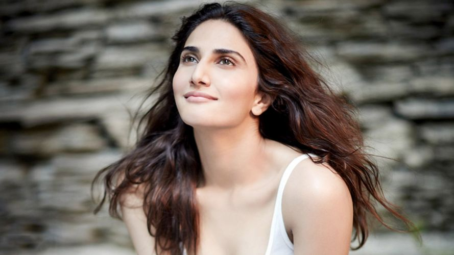 vaani kapoor bollywood actress model girl beautiful brunette pretty cute beauty sexy hot pose face eyes hair lips smile figure indian wallpaper