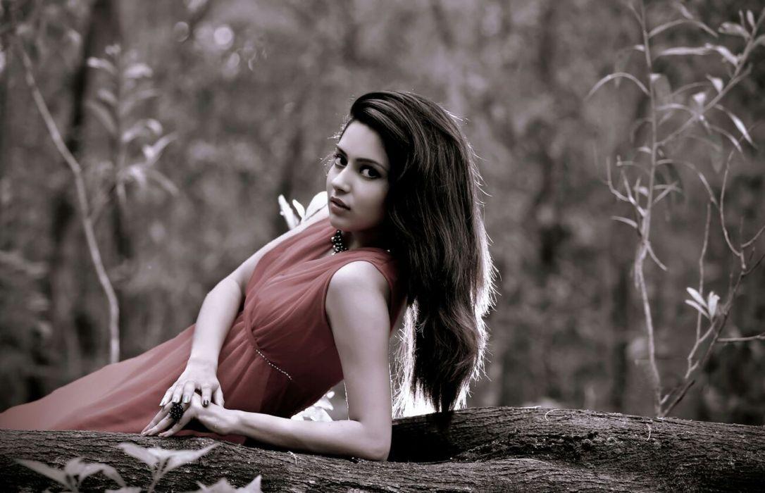 Mahima bollywood actress model girl beautiful brunette pretty cute beauty sexy hot pose face eyes hair lips smile figure wallpaper