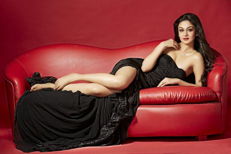 Aishwarya Arjun bollywood actress model girl beautiful brunette pretty cute beauty sexy hot pose face eyes hair lips smile figure indian wallpaper