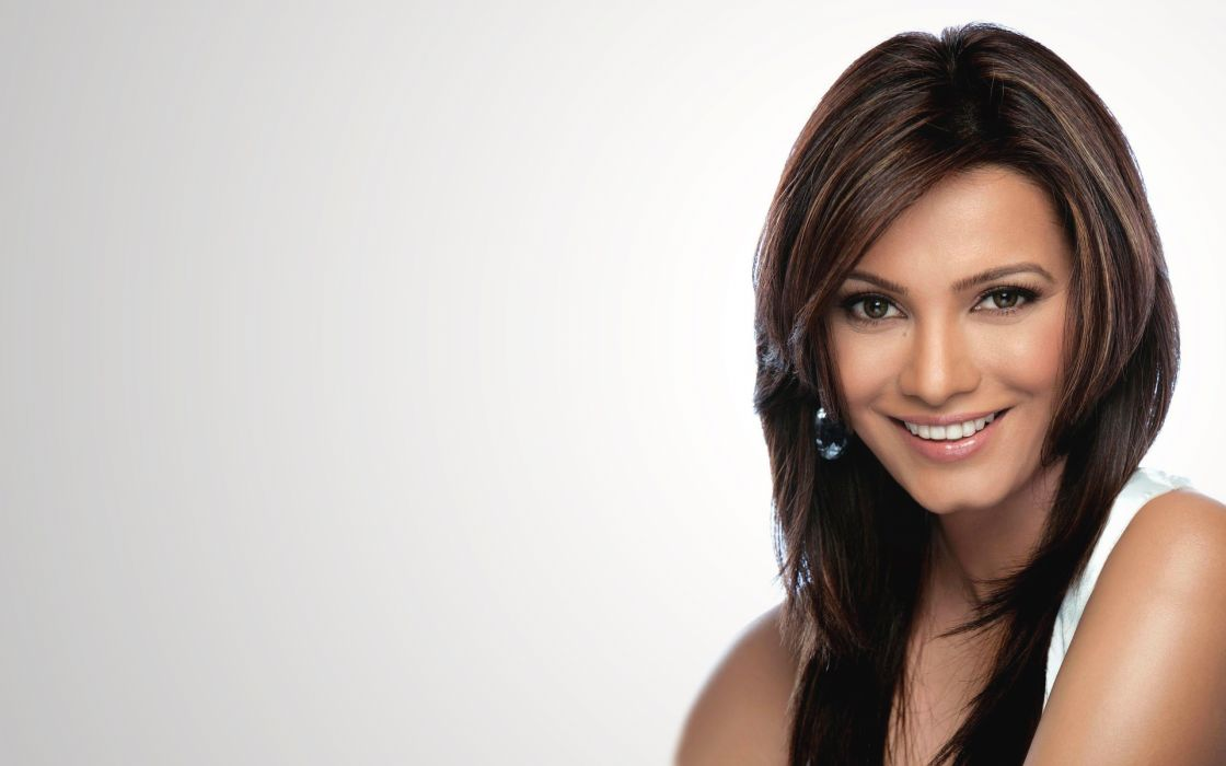 diana hayden bollywood actress model girl beautiful brunette pretty cute beauty sexy hot pose face eyes hair lips smile figure indian  wallpaper