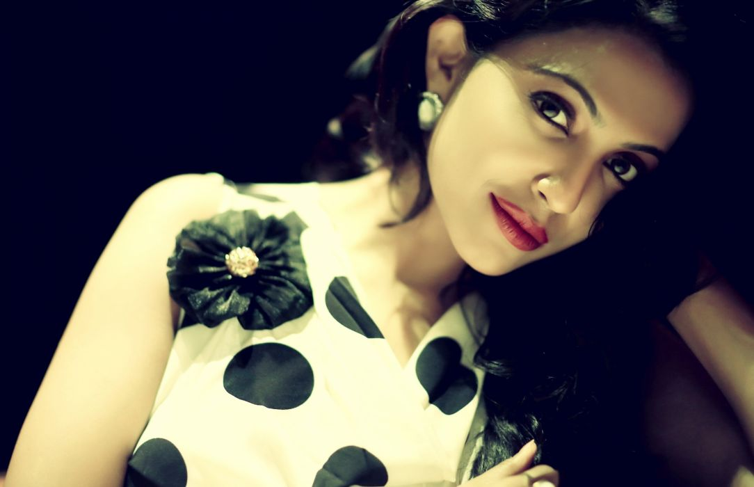 parvathy nair bollywood actress model girl beautiful brunette pretty cute beauty sexy hot pose face eyes hair lips smile figure indian  wallpaper