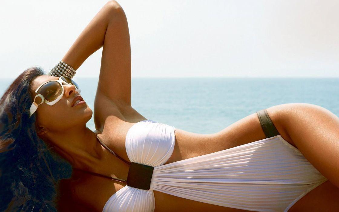 Preeti Desai bollywood actress model girl beautiful brunette pretty cute beauty sexy hot pose face eyes hair lips smile figure indian  wallpaper