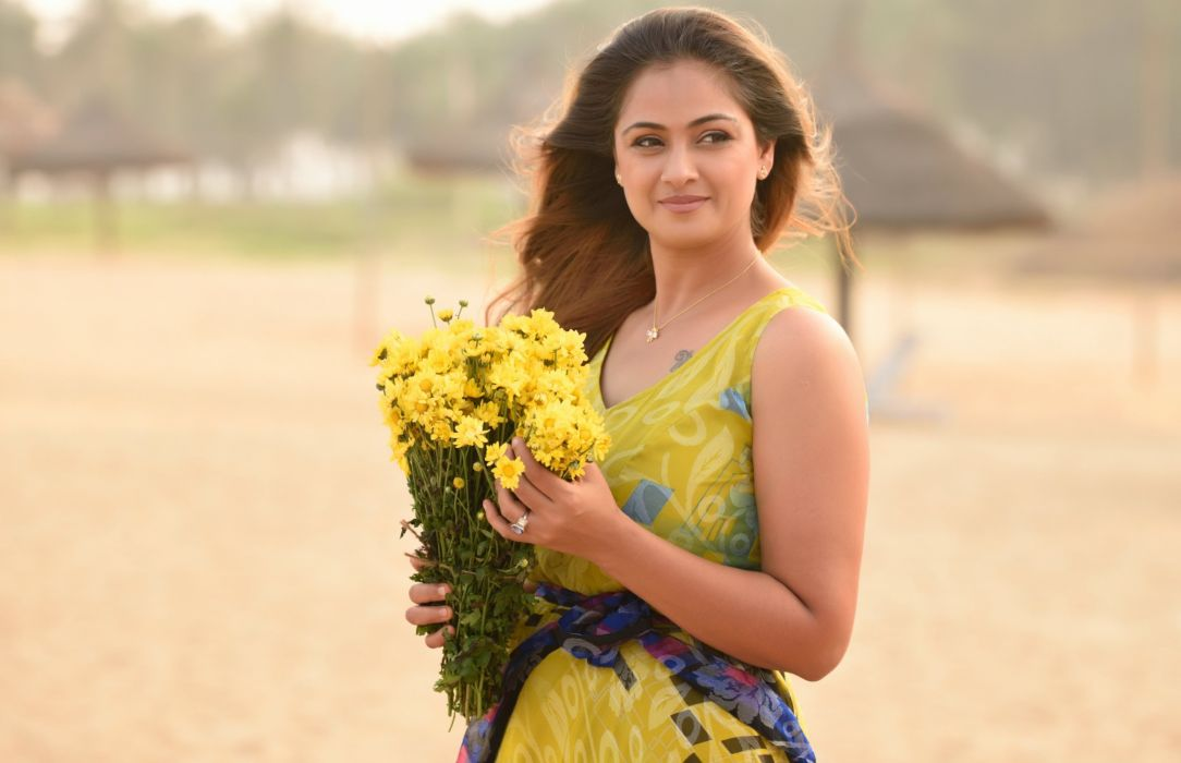 simran bollywood actress model girl beautiful brunette pretty cute beauty sexy hot pose face eyes hair lips smile figure indian  wallpaper