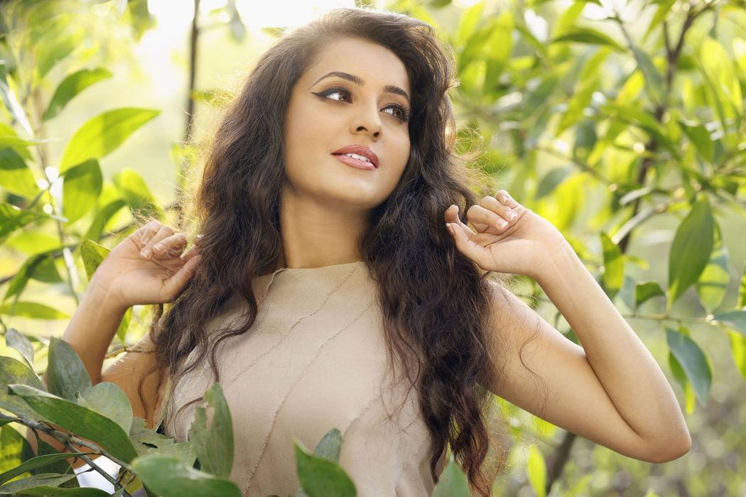 Bhama bollywood actress model girl beautiful brunette pretty cute beauty sexy hot pose face eyes hair lips smile figure indian  wallpaper