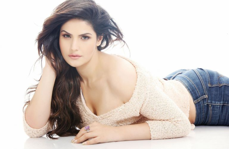 zarine khan bollywood actress model girl beautiful brunette pretty cute beauty sexy hot pose face eyes hair lips smile figure indian wallpaper