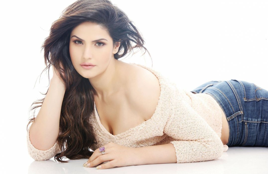 zarine khan bollywood actress model girl beautiful brunette pretty cute beauty sexy hot pose face eyes hair lips smile figure indian  wallpaper