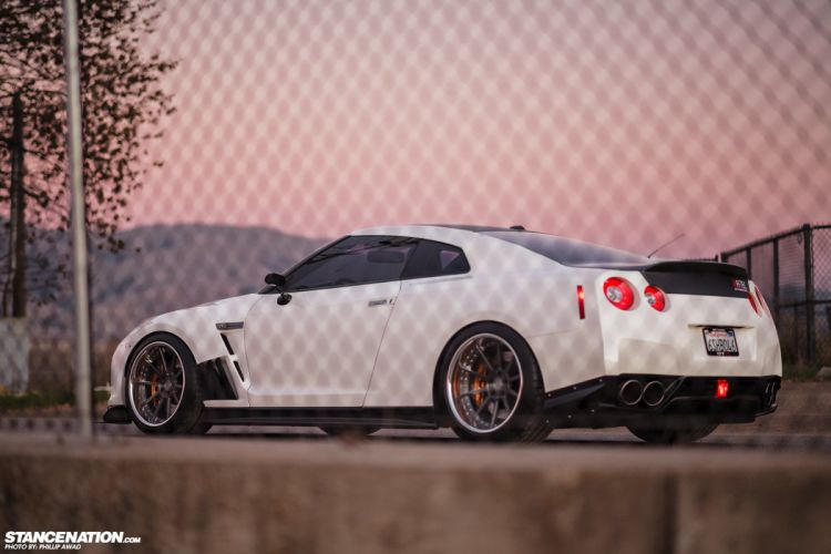 NISSAN GTR cars coupe modified wallpaper