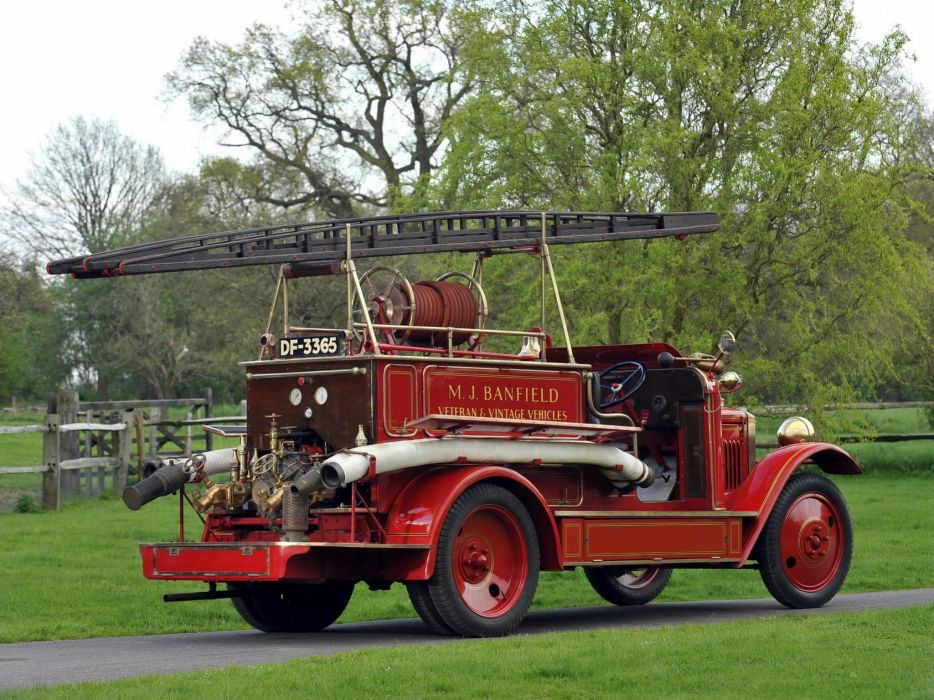 1926 Morris Commercial Fire Engine firetruck emergency vintage semi tractor wallpaper