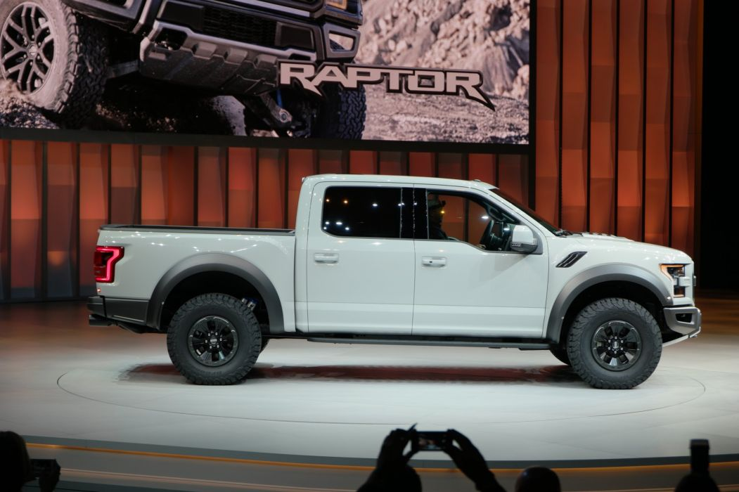 2016 Detroit Auto Show Ford F-150 Raptor SuperCrew pickup cars wallpaper