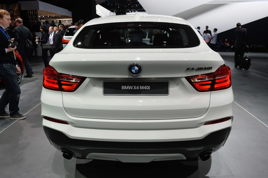 2016 Detroit Auto Show BMW X4 M40i suv cars wallpaper