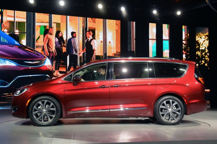 2016 Detroit Auto Show 2016 Chrysler Pacifica cars wallpaper