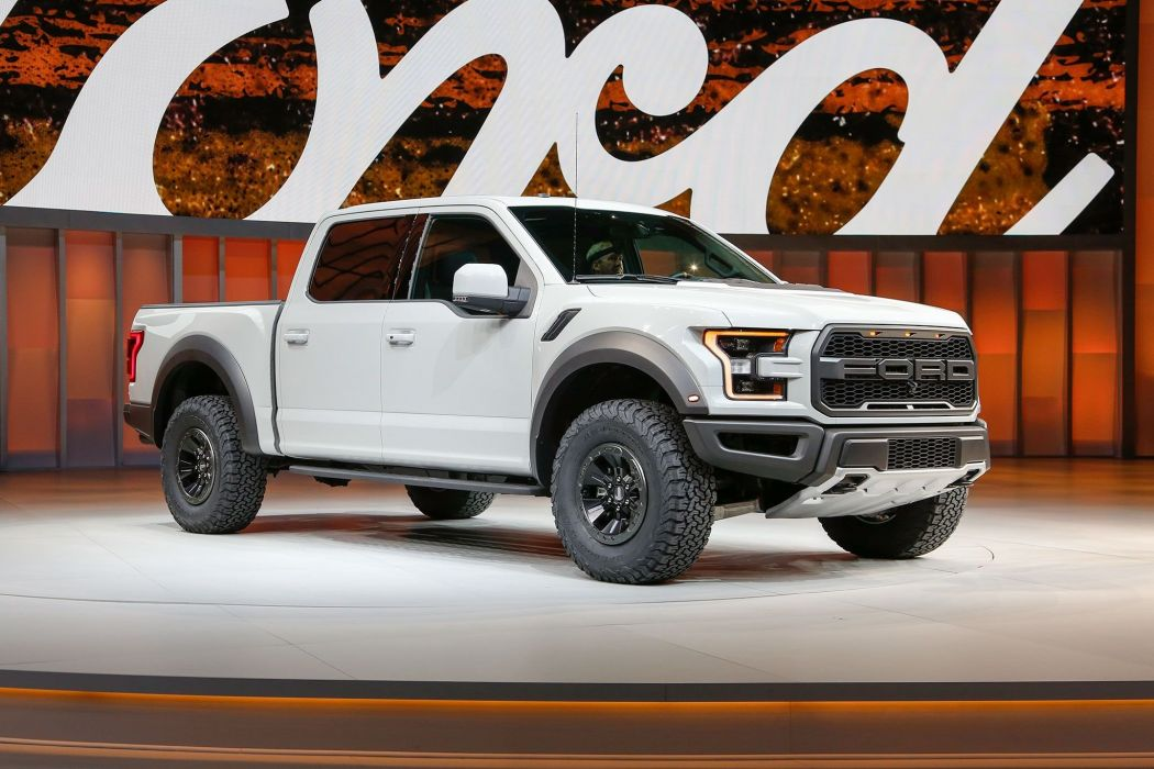 2017 Ford F-150 Raptor SuperCrew pickup muscle f150 awd wallpaper