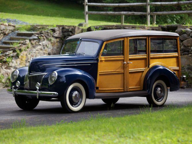 1939 Ford V-8 Deluxe StationWagon 91A-79 woody retro vintage wallpaper