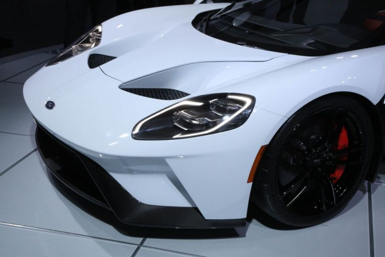 2017 Ford G-T supercar race racng wallpaper