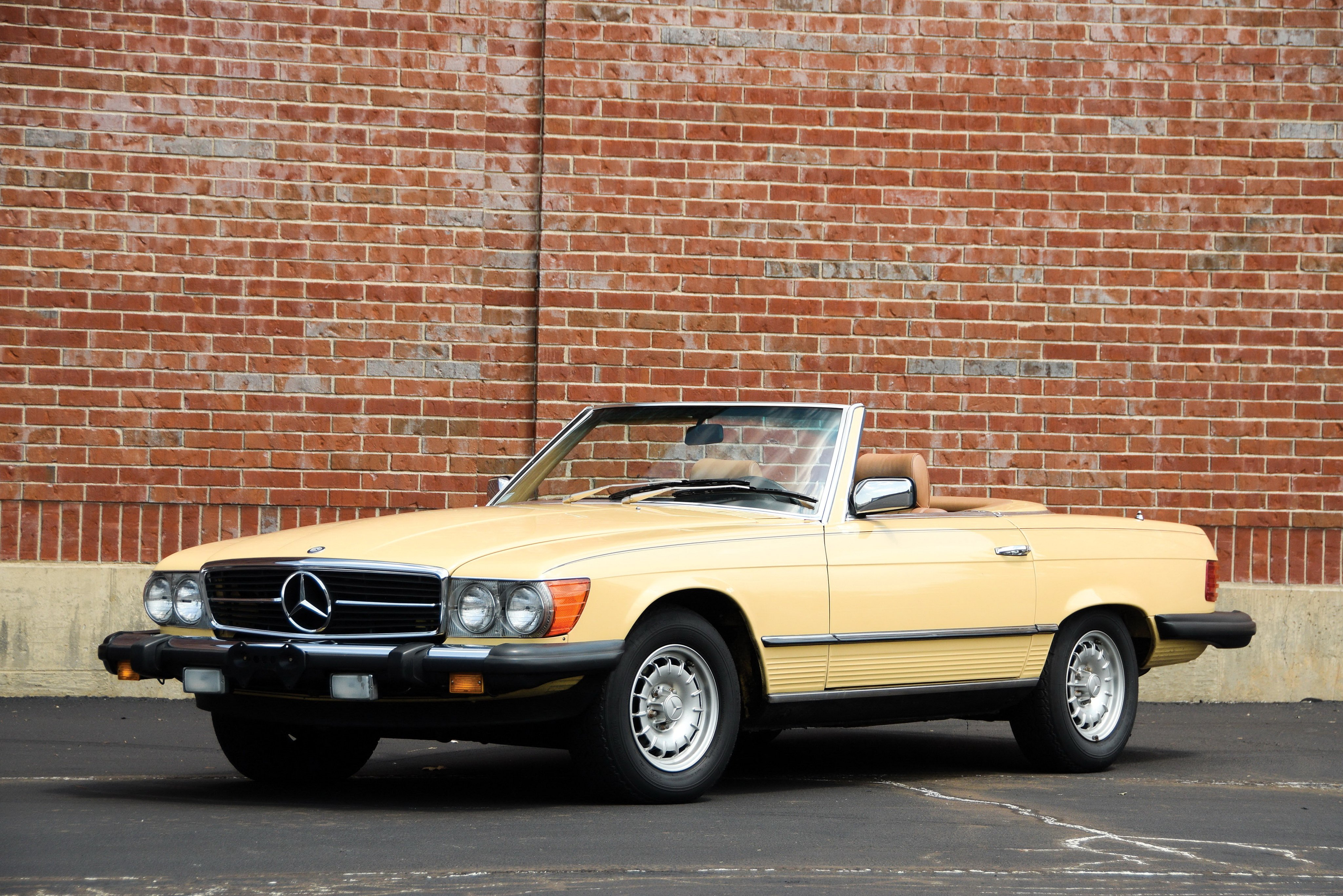 1980-85 Mercedes Benz 380SL US-spec R107 convertible ...