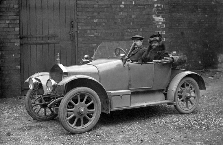 1914 Singer 10HP vintage wallpaper