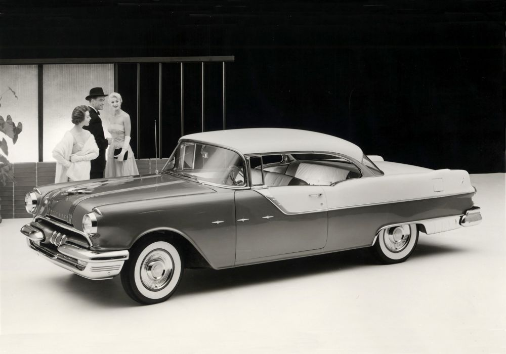 1955 Pontiac Star Chief Custom Catalina retro luxury wallpaper
