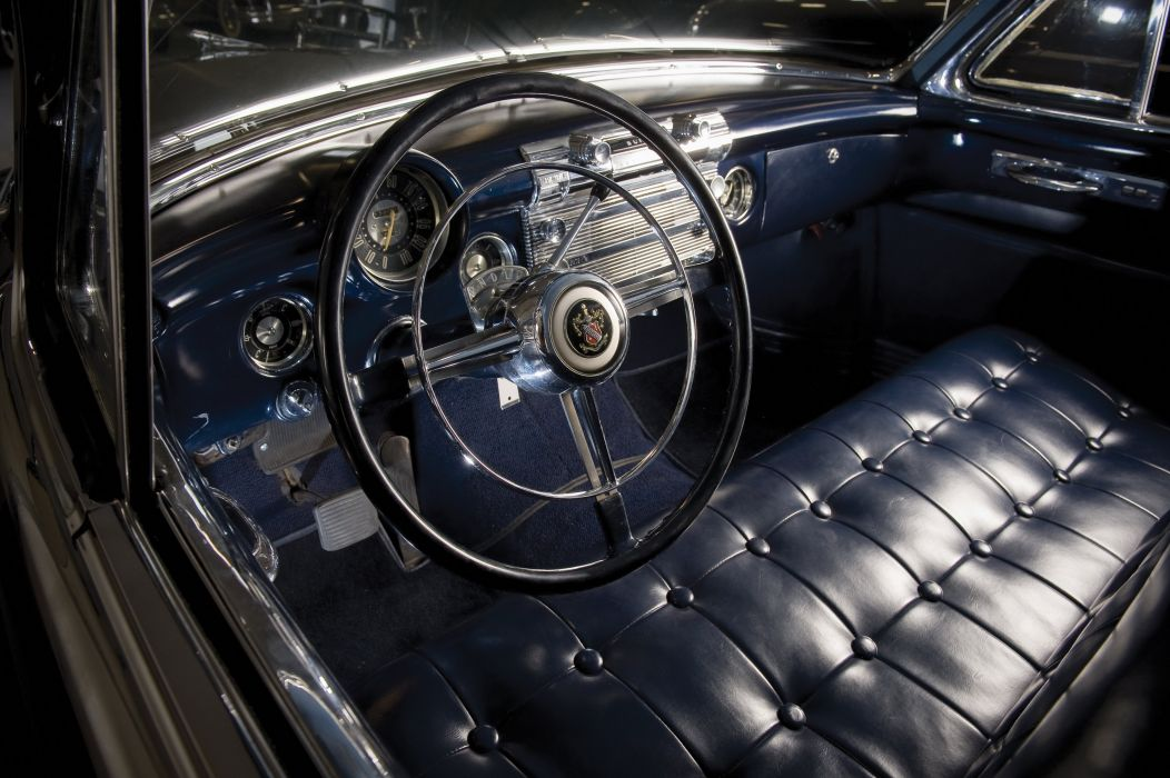 1952 Buick Roadmaster Riviera Sedan retro luxury wallpaper