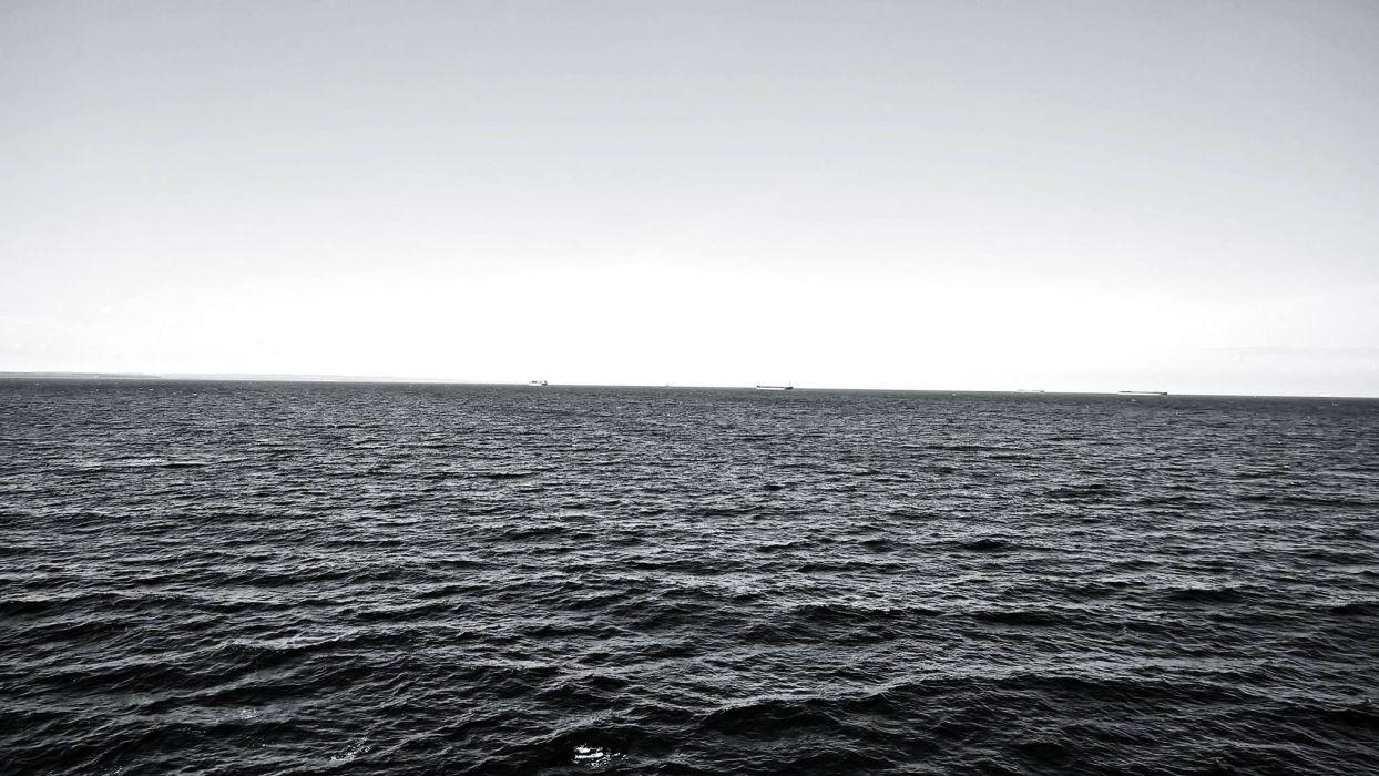 sea black&white grey baltic denmark water wallpaper