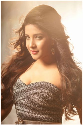 Sakshi-Agarwal-24 wallpaper