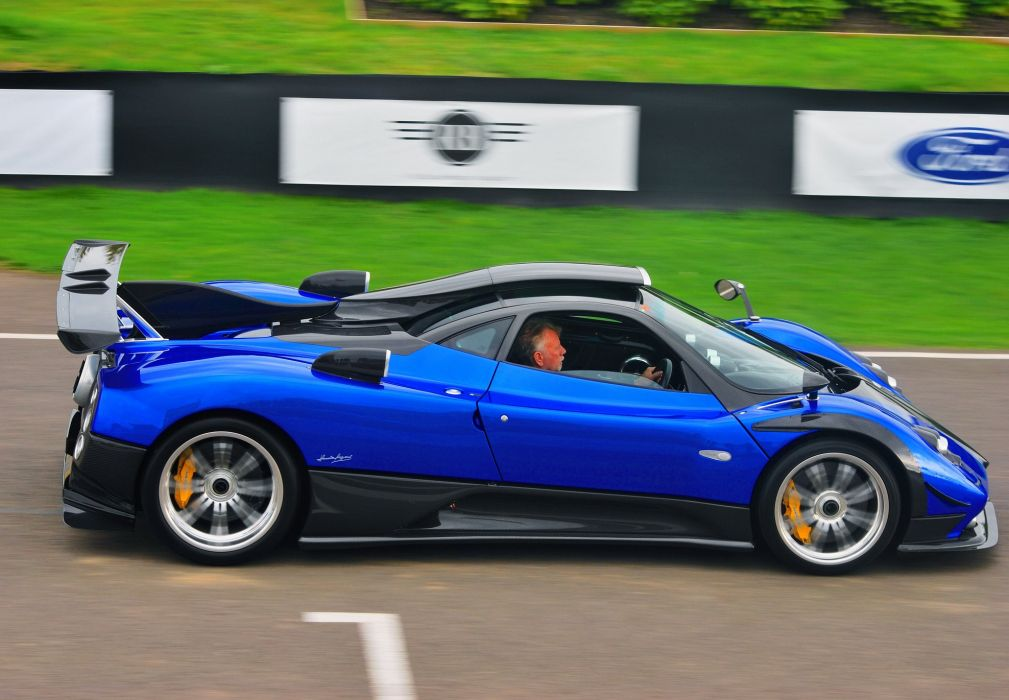2013 Pagani Zonda 760PS supercar wallpaper