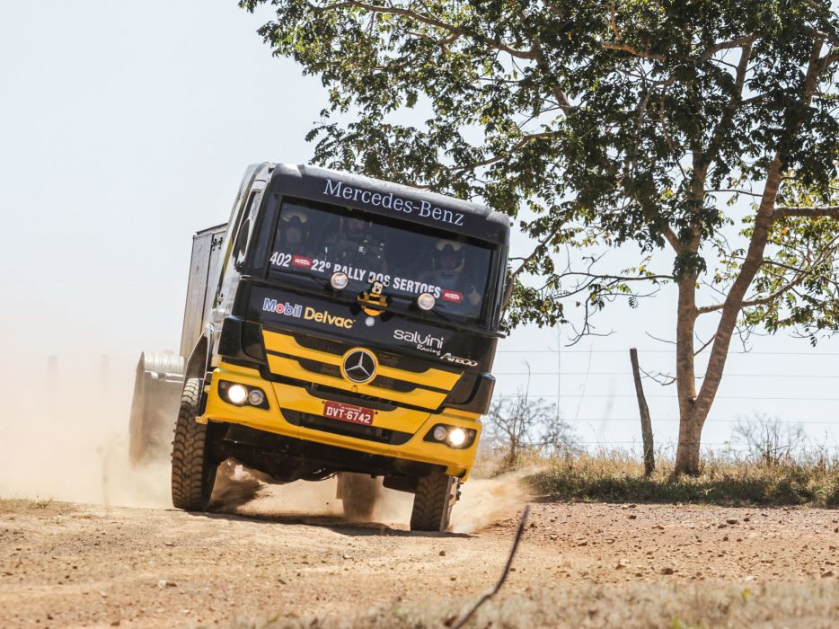 2015 Mercedes Benz Atego 1725 Rally Truck offroad race racing semi tractor 4x4 wallpaper