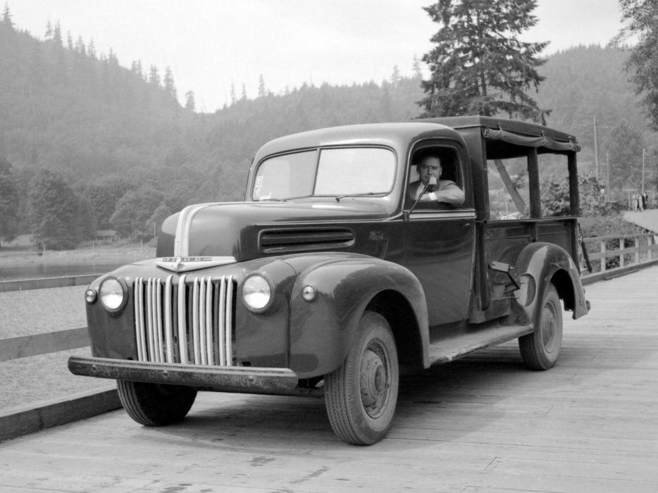 1942 Ford Pickup retro wallpaper