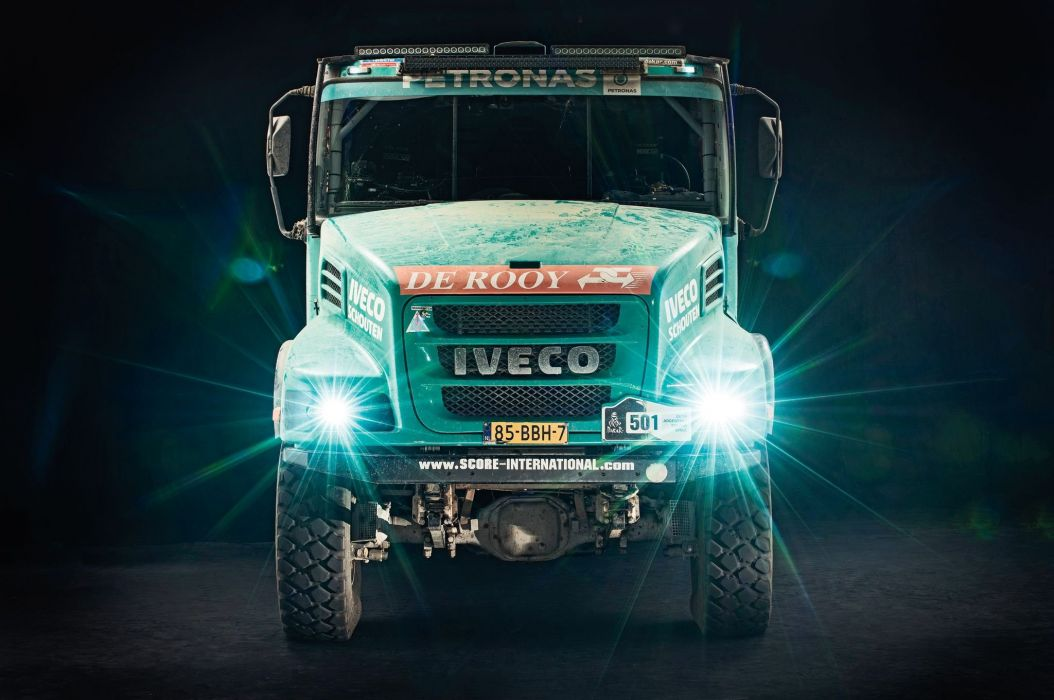 Iveco Powerstar Dakar rally offroad 4x4 semi tractor race racing wallpaper
