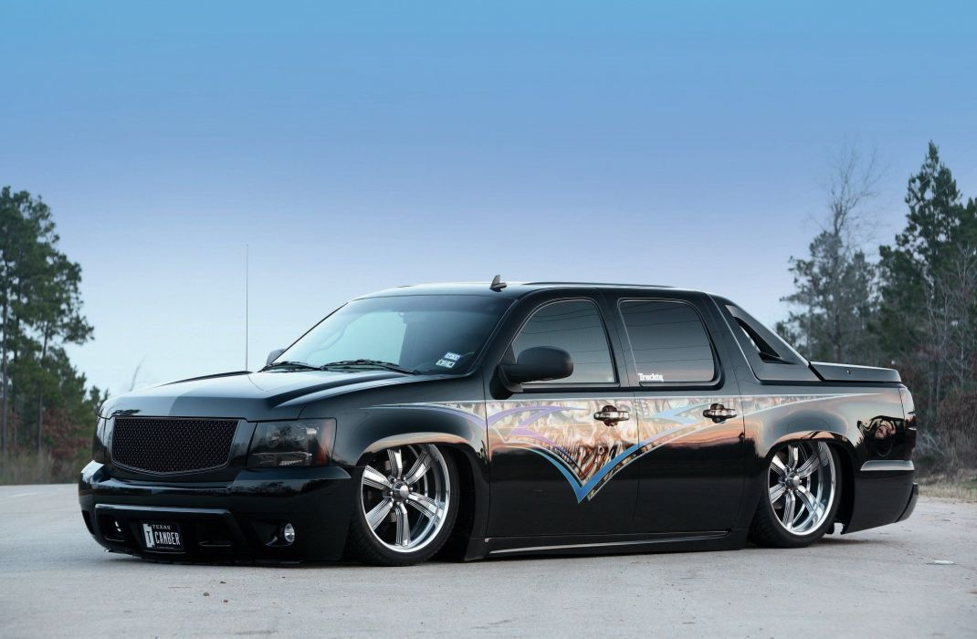 2012 Chevrolet Avalanche pickup suv tuning custom wallpaper