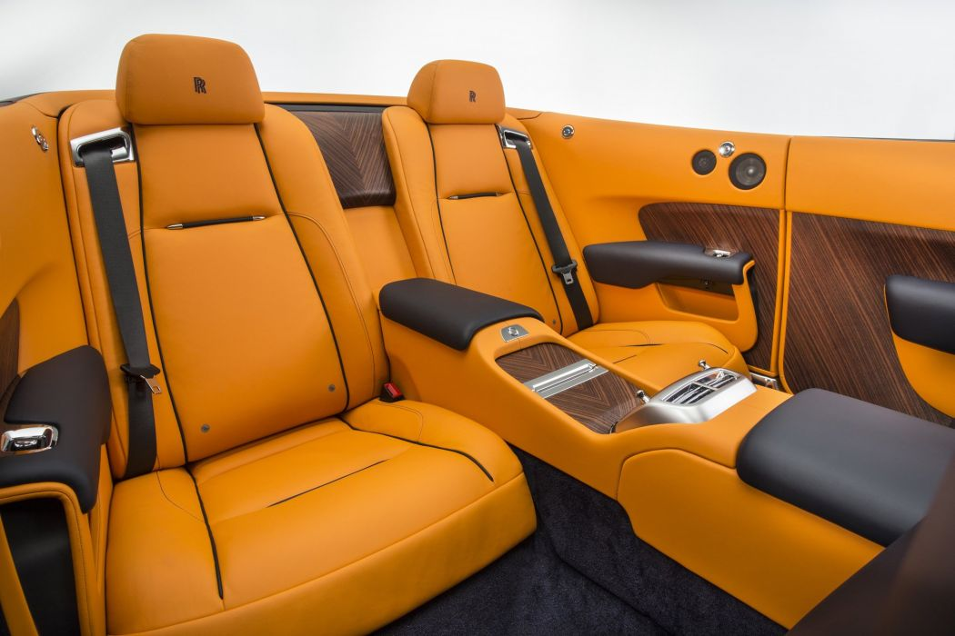 2016 Rolls Royce Dawn luxury wallpaper
