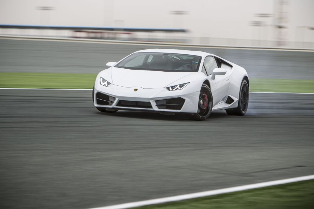2016 Lamborghini Huracan LP580-2 LB724 supercar wallpaper