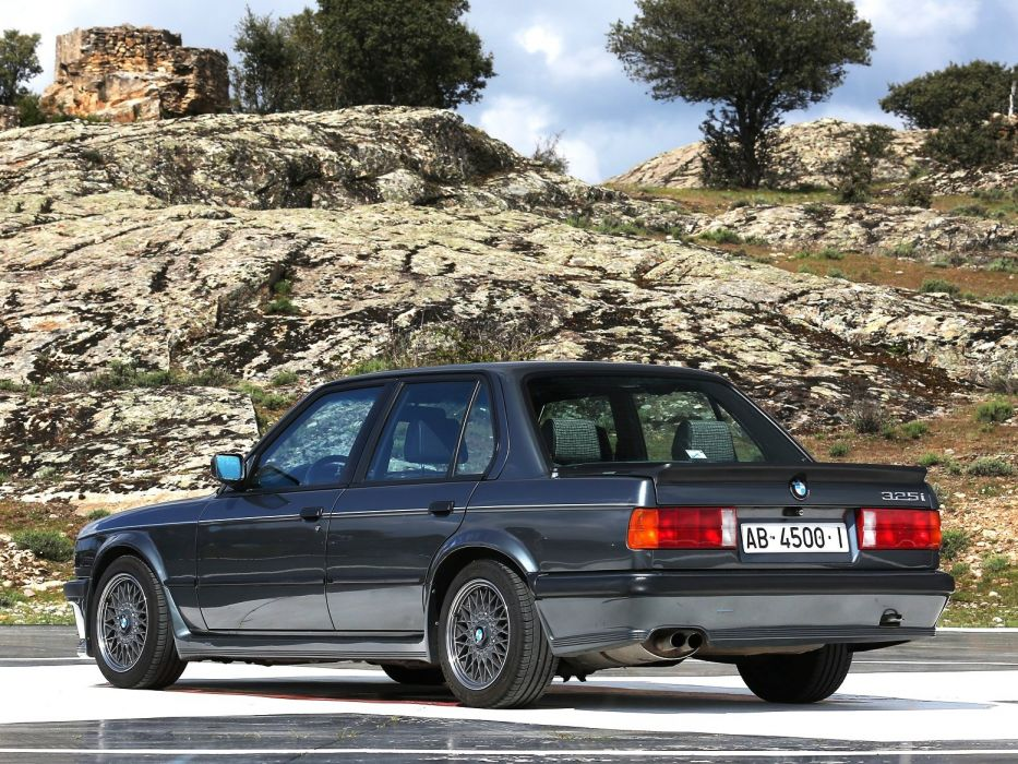BMW 325i Sedan M-Technik (E30) cars 1984 wallpaper