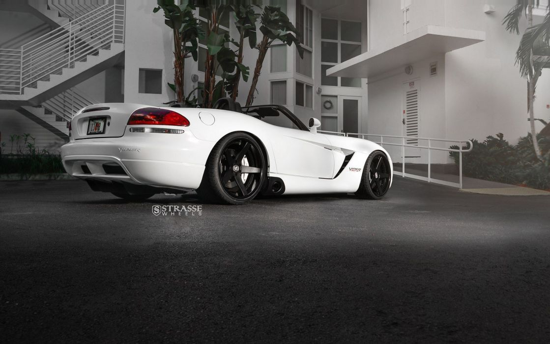 Strasse Wheels Dodge Viper SRT10 coupe white wallpaper