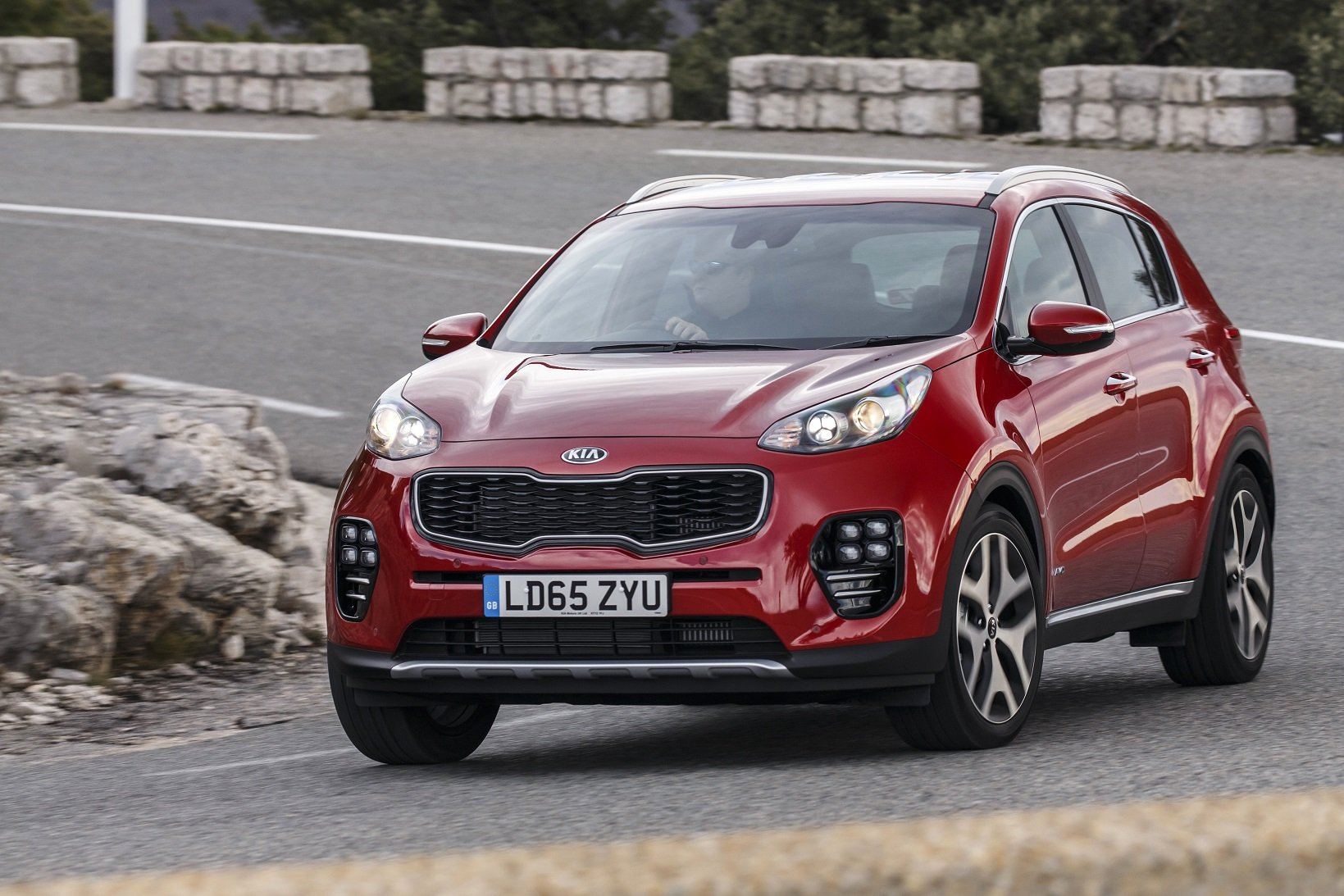 2016 cars uk version kia sportage suv gt line red wallpaper 1639x1093 887270 wallpaperup. Black Bedroom Furniture Sets. Home Design Ideas