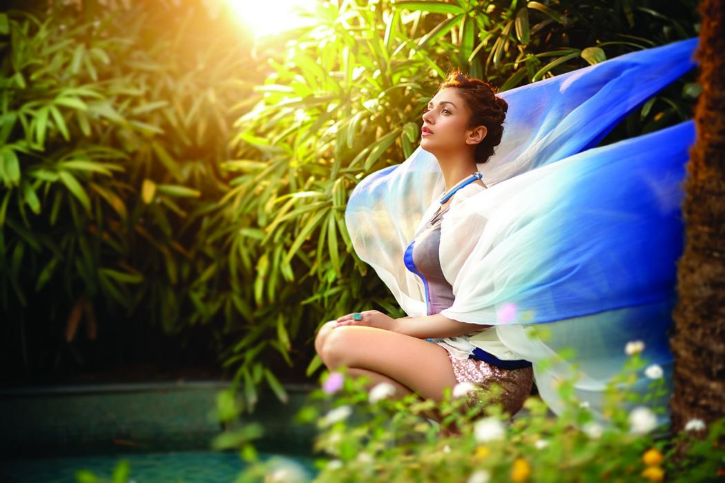 Aditi Rao Hydari bollywood actress model girl beautiful brunette pretty cute beauty sexy hot pose face eyes hair lips smile figure indian  wallpaper